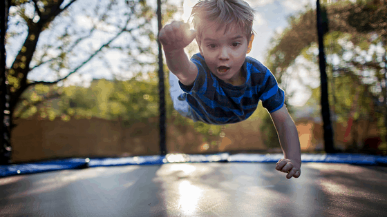 26 Trampolining Benefits for Kids – and why you should get one NOW